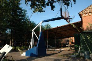 Стойка баскетбольная уличная.